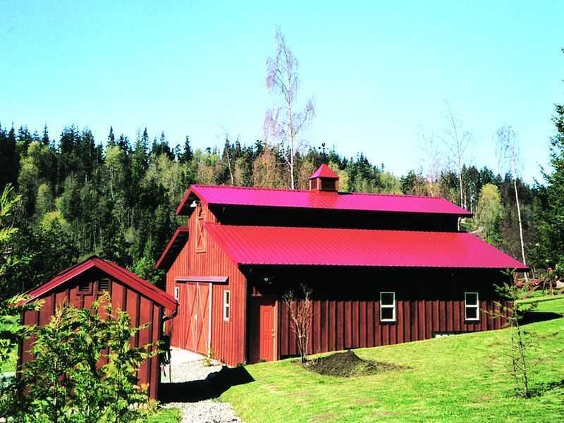 A Monitor Barn In Skagit County Pole Barn Builder