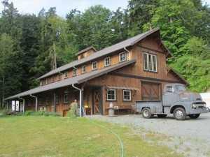 Barn built by Spane Buildings in Lakewood WA