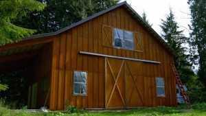 Custom barn built by Spane Buildings in Snohomish WA