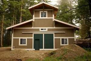 Front view of garage built by Spane Buildings in Puyallup WA