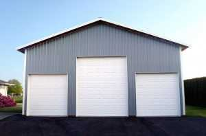 Three car garage built by Spane Buildings in Puyallup WA